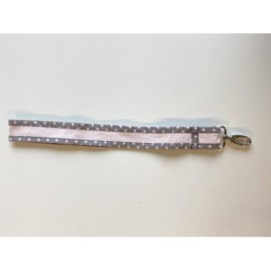 Grand porte clés à personnaliser CONSTANCE - rose pâle et gris étoiles blanches